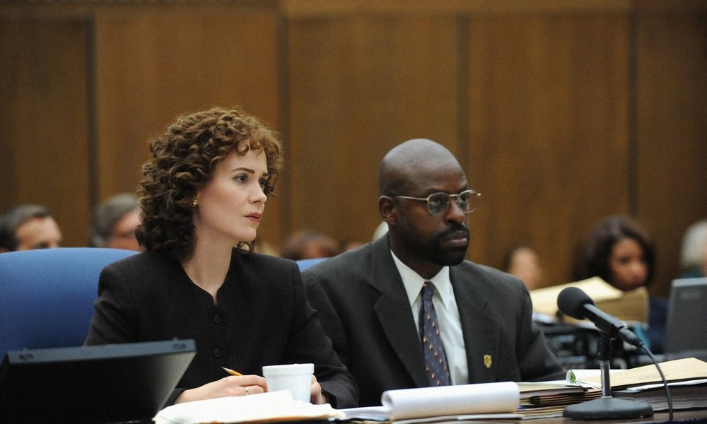 Sarah Paulson and Sterling K. Brown in  The People v. O.J. Simpson: American Crime Story  © 20th Television