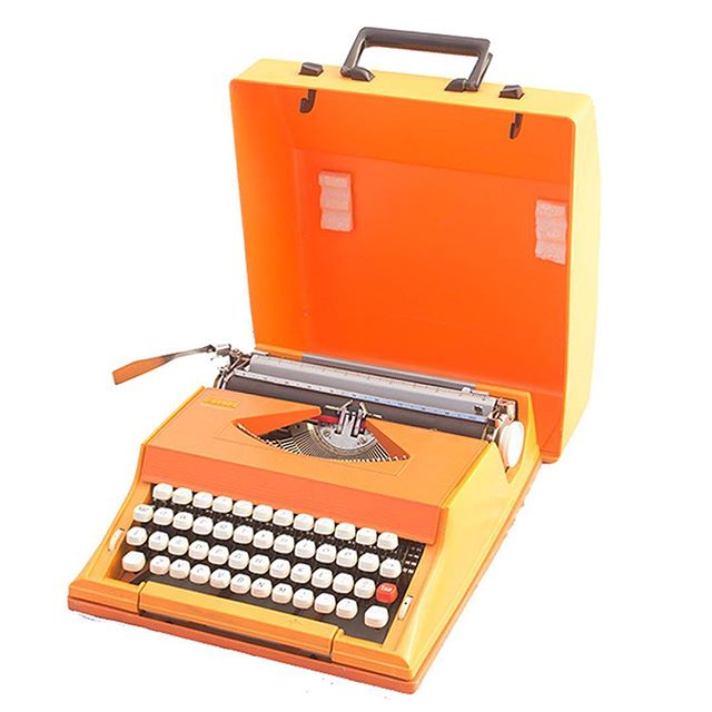 """""""If this typewriter can't to it,"""" 📚🗞📃""""it can't be done."""" -Tom Robbins"""