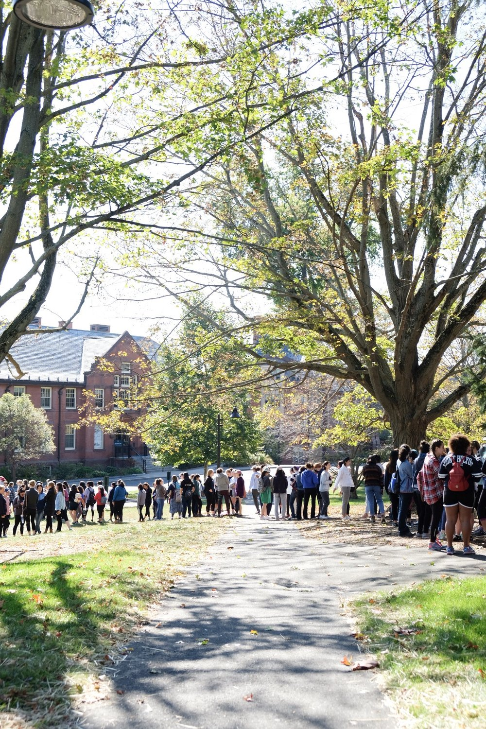 Photo by Li Qin '21  Students stood in line for the shuttle near Blanch.
