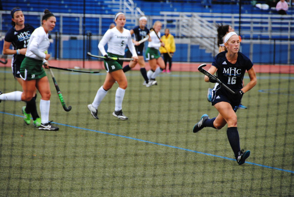 Photo by Ayla Safran '18 Junior Kristina Ramsden '19 chases down a loose ball.