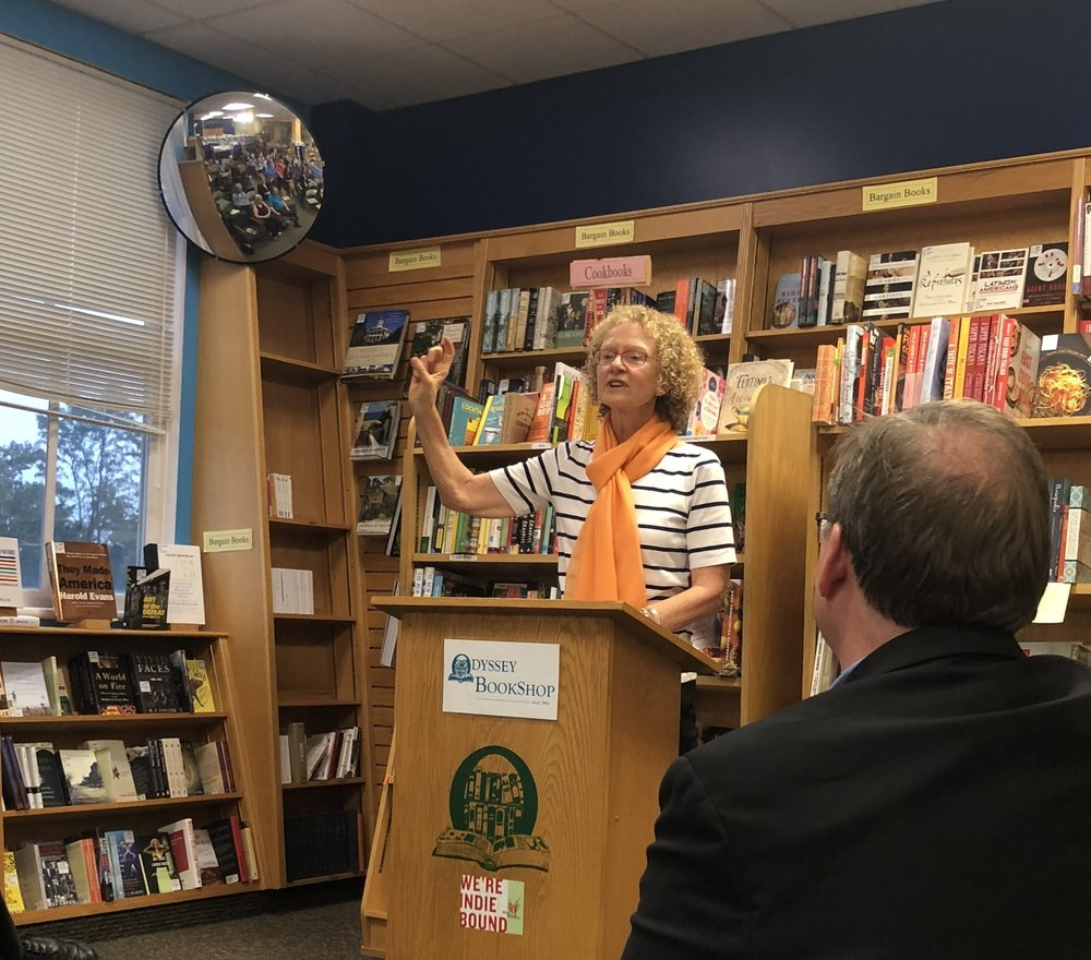 """Photo by Lily Reavis '21   Eva Paus speaks about her new book titled """"Confronting Dystopia"""" at the Odyssey Bookstore on Oct. 9."""