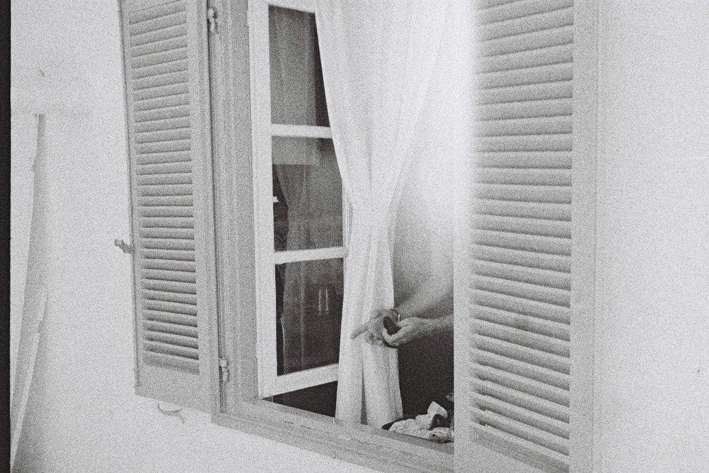 15 - Pietro's window on Miaouli Road, Hydra 2016.JPG