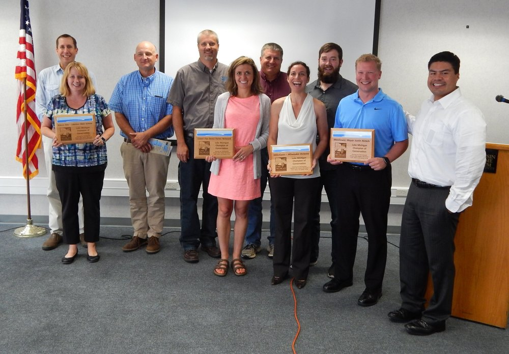 Front row: Dr. Rebecca Abler, UW-Manitowoc, Whitney Prestby, UWEX (Lower Fox Demonstration Farms Network) Joan Giuliani (MillerCoors), Justin Nickels, Manitowoc Mayor, and Marcos Ugarte (MillerCoors).  Back row (l-r): Matt Otto, NRCS, Mike Mushinski, Brown County LWCD, Barry Bubolz, NRCS, Brian Peterson, Brown County LWCD (Lower Fox Demonstrations Farm Network), and Jacob Fincher, Sweet Water (MillerCoors)