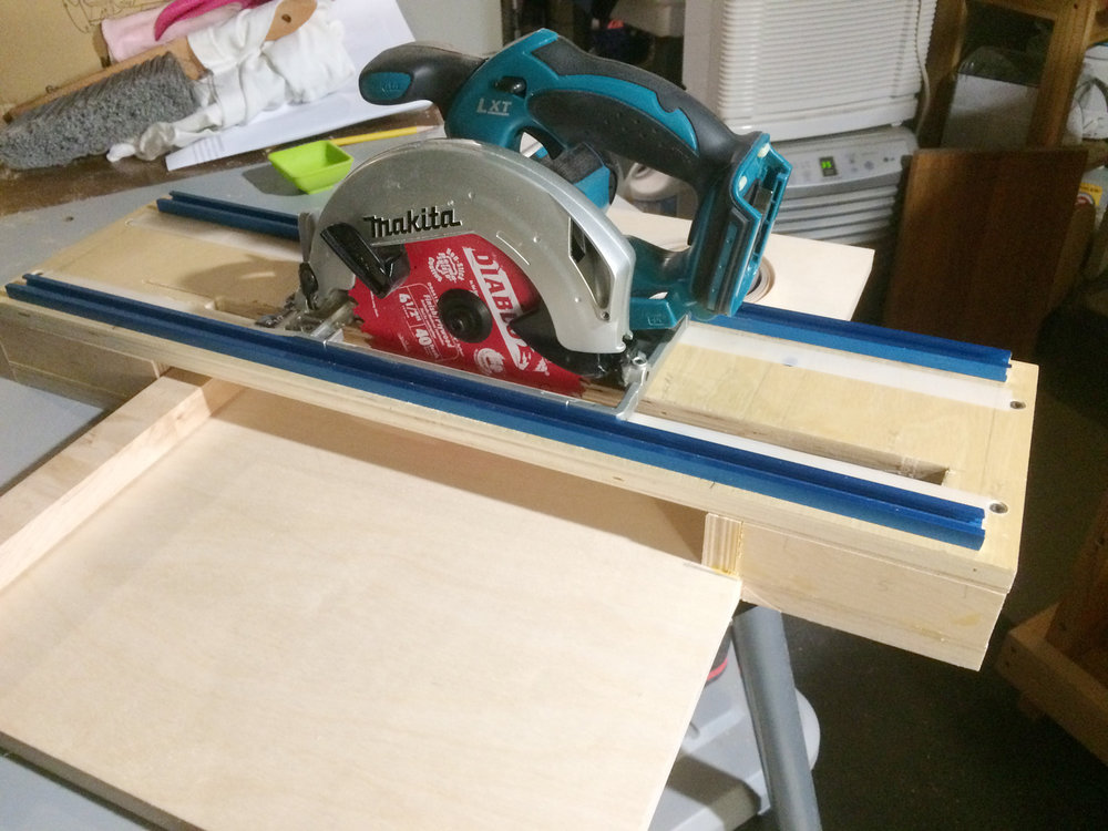 Circular saw cross cut jig - KB Woodworker