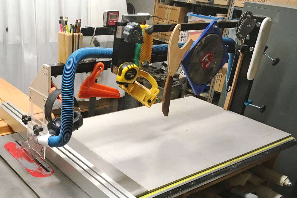 Table saw overarm dust collector