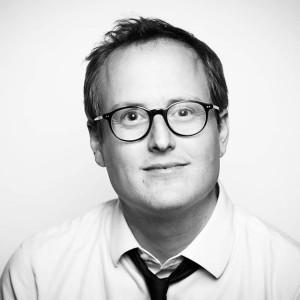 Tim Llewellyn - PHOTOGRAPHER, DIRECTOR, WRITER