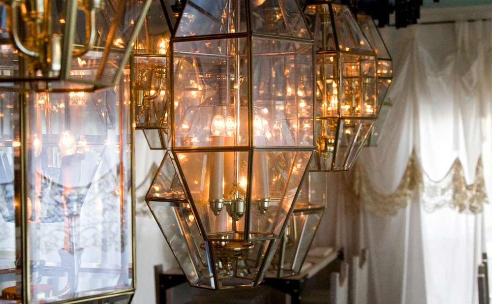 McCray & Co. - Lenoir - Light Detail