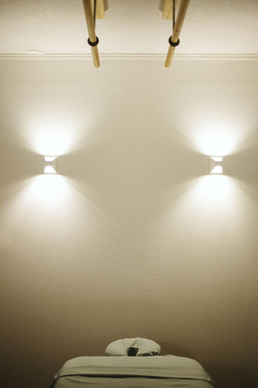 roomlightsbars.JPG