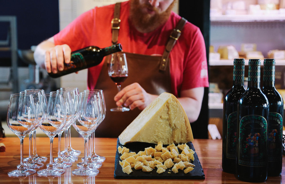 Weekend wine & cheese tastings in the market