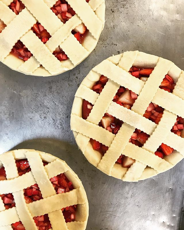 Hi, cutie pie! Chef Larry's strawberry rhubarb pie for tonight's #DemoKitchen! Please please please is it truly spring yet?