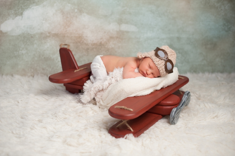 how-to-fly-with-a-baby.jpeg