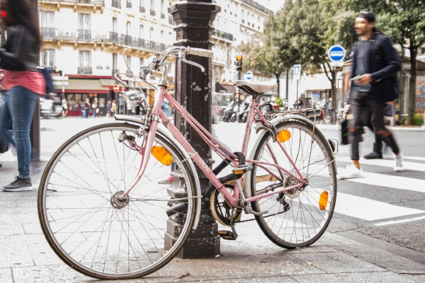 bike-pink-paris-bicycle-611229.jpg