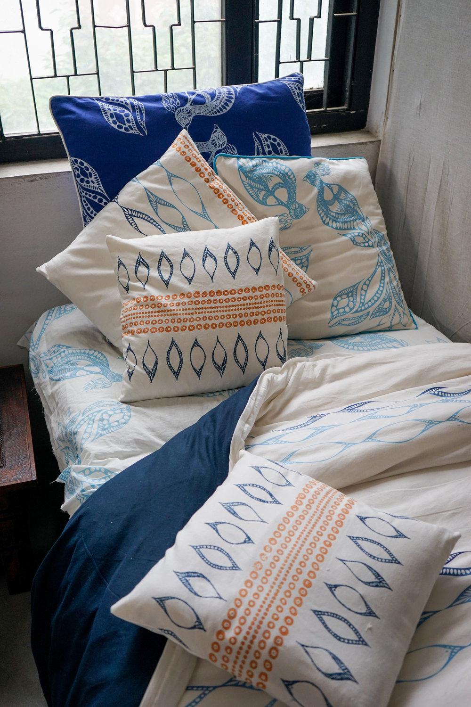bed detail (1 of 1).jpg