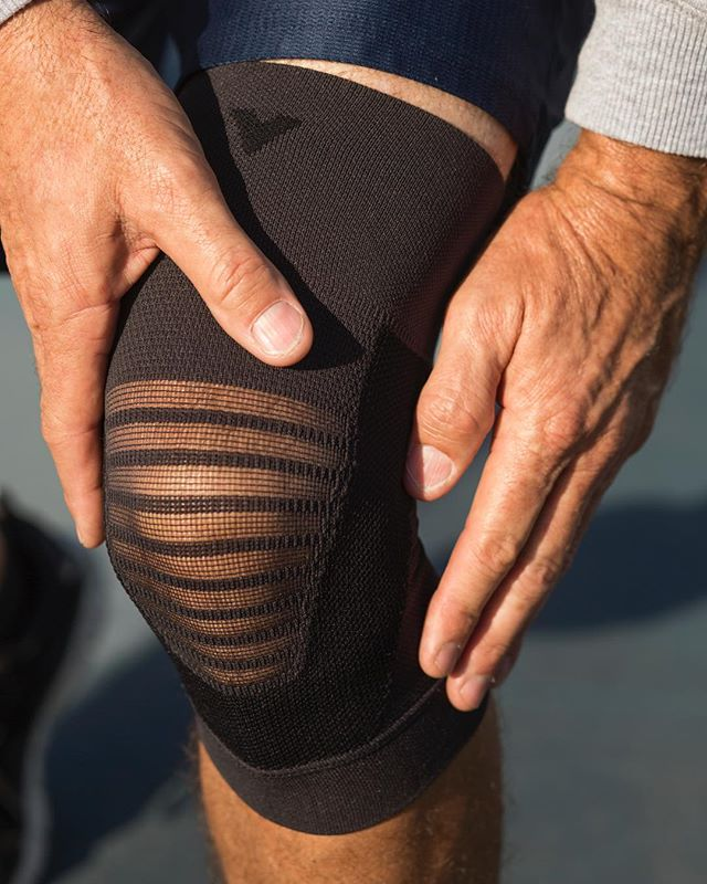 Vantelin Supports have been designed from the latest ideas in sports medicine and treatment to give you the most comfortable, breathable and consistent support for your joints and back by utilizing the Therapeutic Taping Theory.