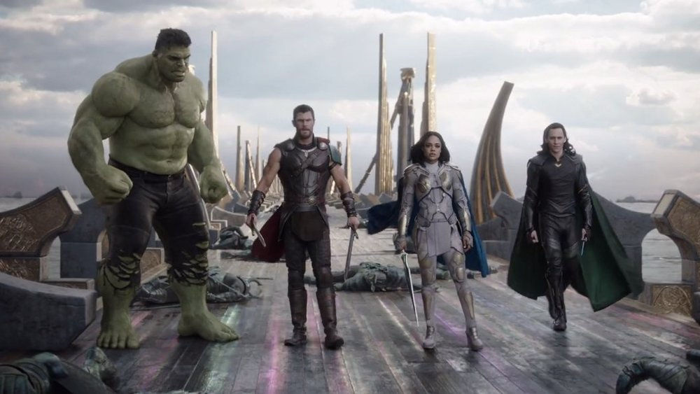 thor ragnarok, tom hiddleston, tessa thompson, chris hemsworth, mark ruffalo, jeff goldblum, cate Blanchett,