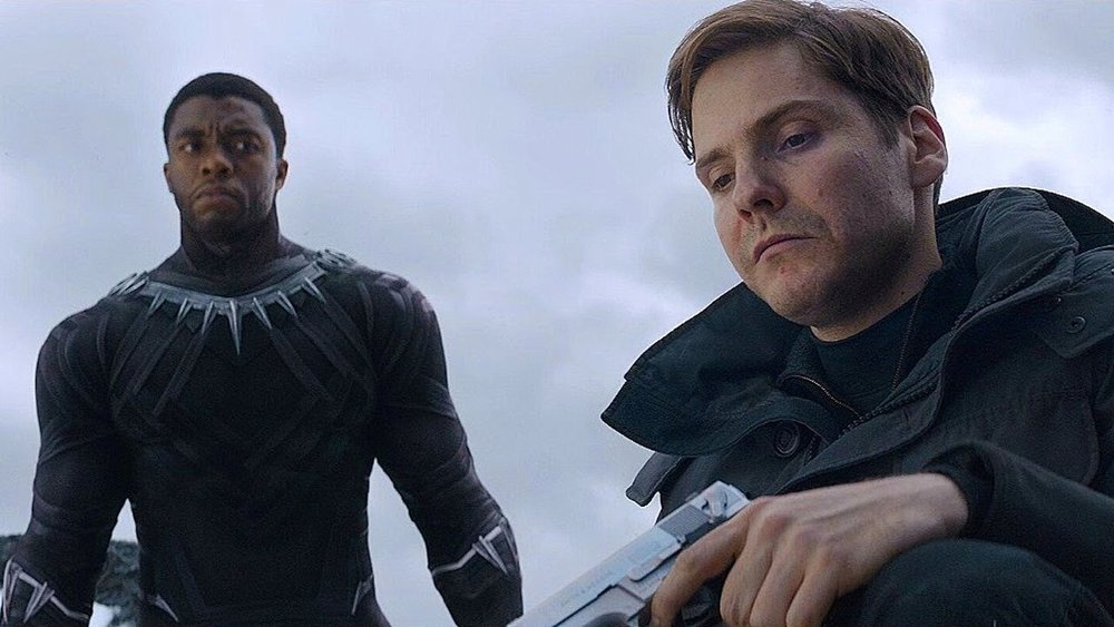 captain america civil war, chadwick boseman, daniel bruhl, chris evans, sebastian stan, robert downwo jr,