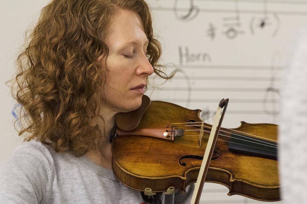 Lisa McWhorter, violin