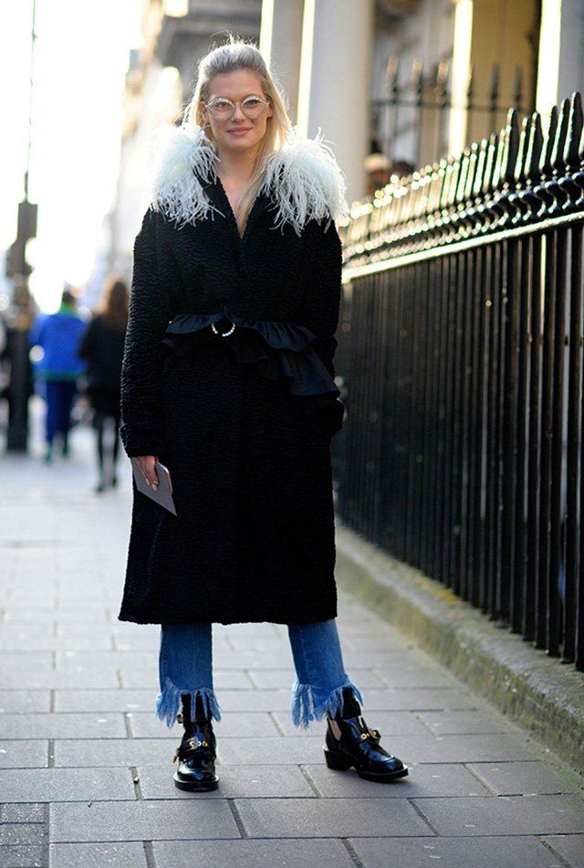 London is cold. Everybody needs a sassy faux fur collar like this one!