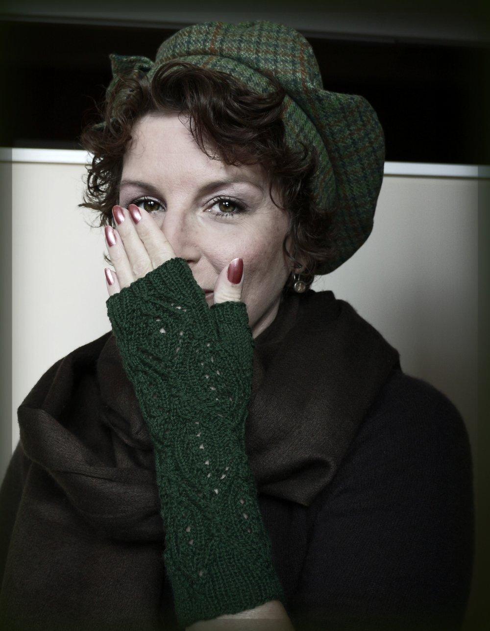 Fur Elise Gloves