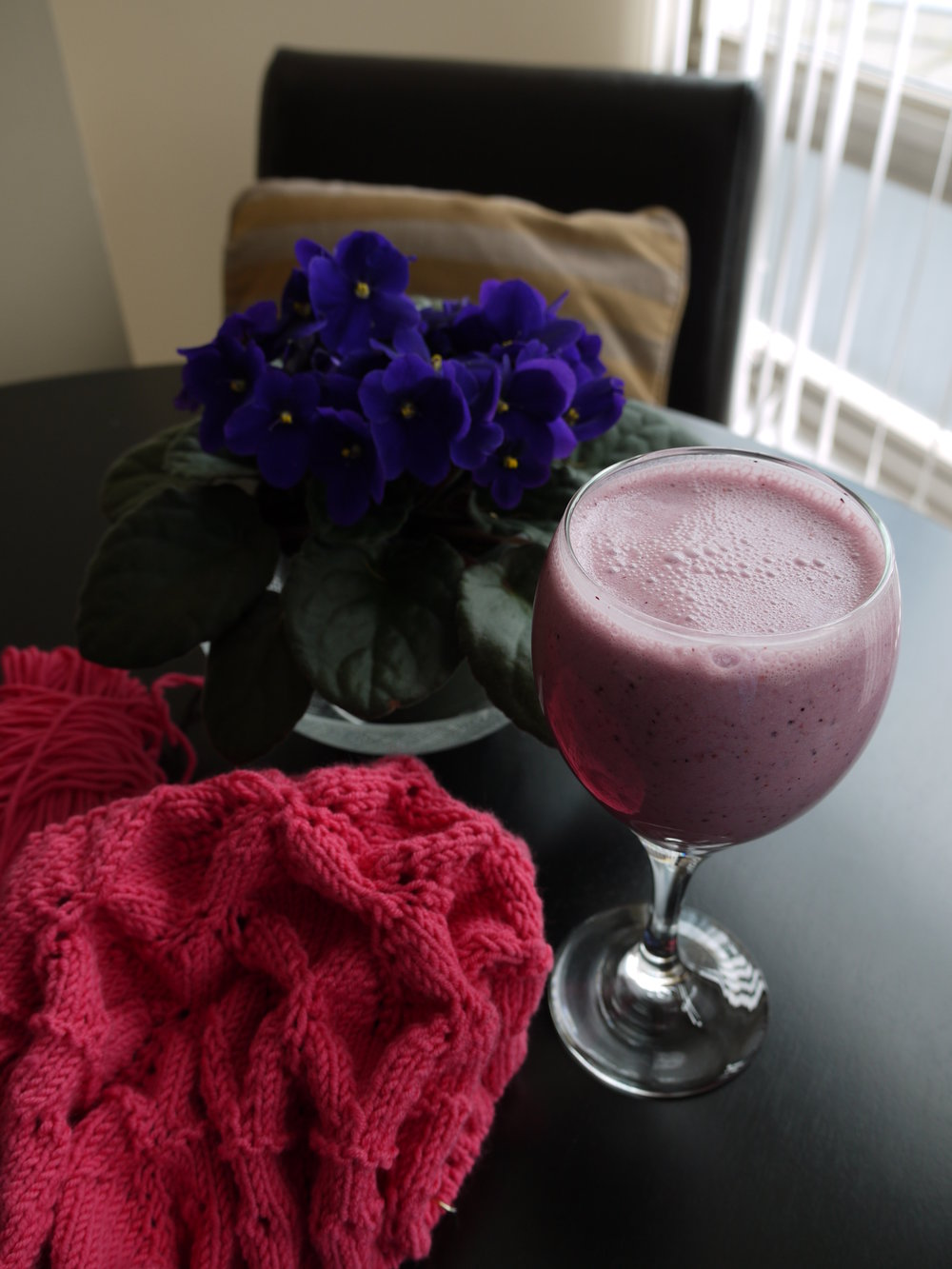 Raspberry Smoothie & Knitting