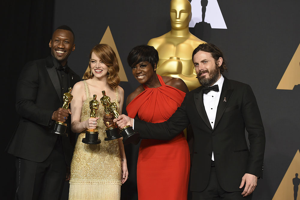 Mahershala Ali, Emma Stone, Viola Davis and Casey Affleck won the top acting awards at the 89th Academy Awards on Sunday Feb. 26. Affleck, who has been accused of sexual harassment multiple times, is an example of another man whose career and public reputation do not face consequences for abuse allegations. (Jordan Strauss/AP Photo)