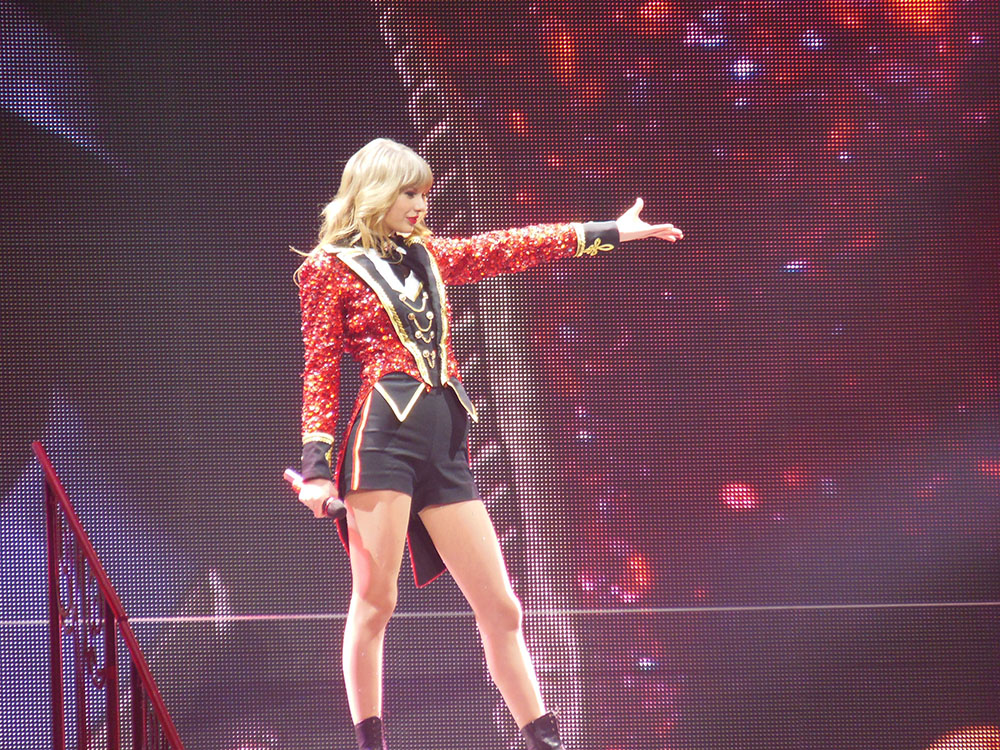 Singer-songwriter Taylor Swift on tour in 2013. Swift recently publicly sued a radio host, David Mueller, for sexually harassing her, empowering other victims moving into the future. (Jana Zills/Creative Commons)