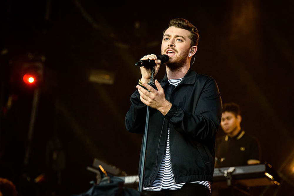 Pictured above is Sam Smith performing at Lollapalooza in 2015. Smith released his album, The Thrill of It All, on Friday Nov. 3, which is reminiscent of his previous work. The album consists of melancholy tunes about breakups, but also contains euphoric melodies. (Courtesy of Creative Commons)