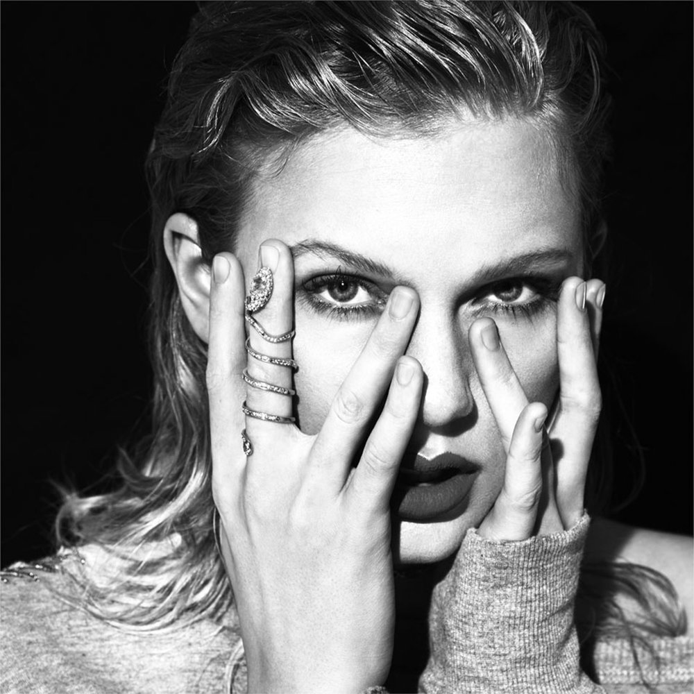 "Famous pop sensation Taylor Swift, pictured above in the cover photo for her single, ""Look What You Made Me Do,"" released her sixth album entitled  Repuation  on Nov. 10. With scandalous lyrics and an edgier sound, Swift makes a statement with her latest album, exemplifying a transition of genre from her earlier records. (Coveralia/Creative Commons)"