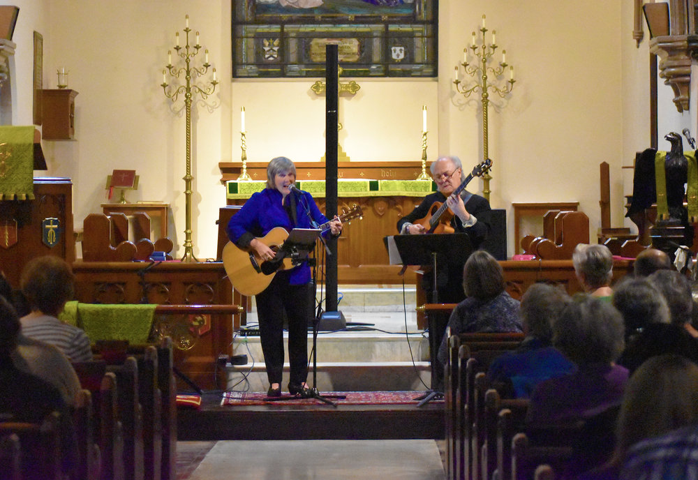 Elizabeth Von Trapp (pictured left) performed with Paul Asbell (pictured right) in Saint Michael's Church on Friday Nov. 2. Von Trapp, a folk musician, has had a solo career since 1999 (Josie Kwan/assoc. Photo Editor).