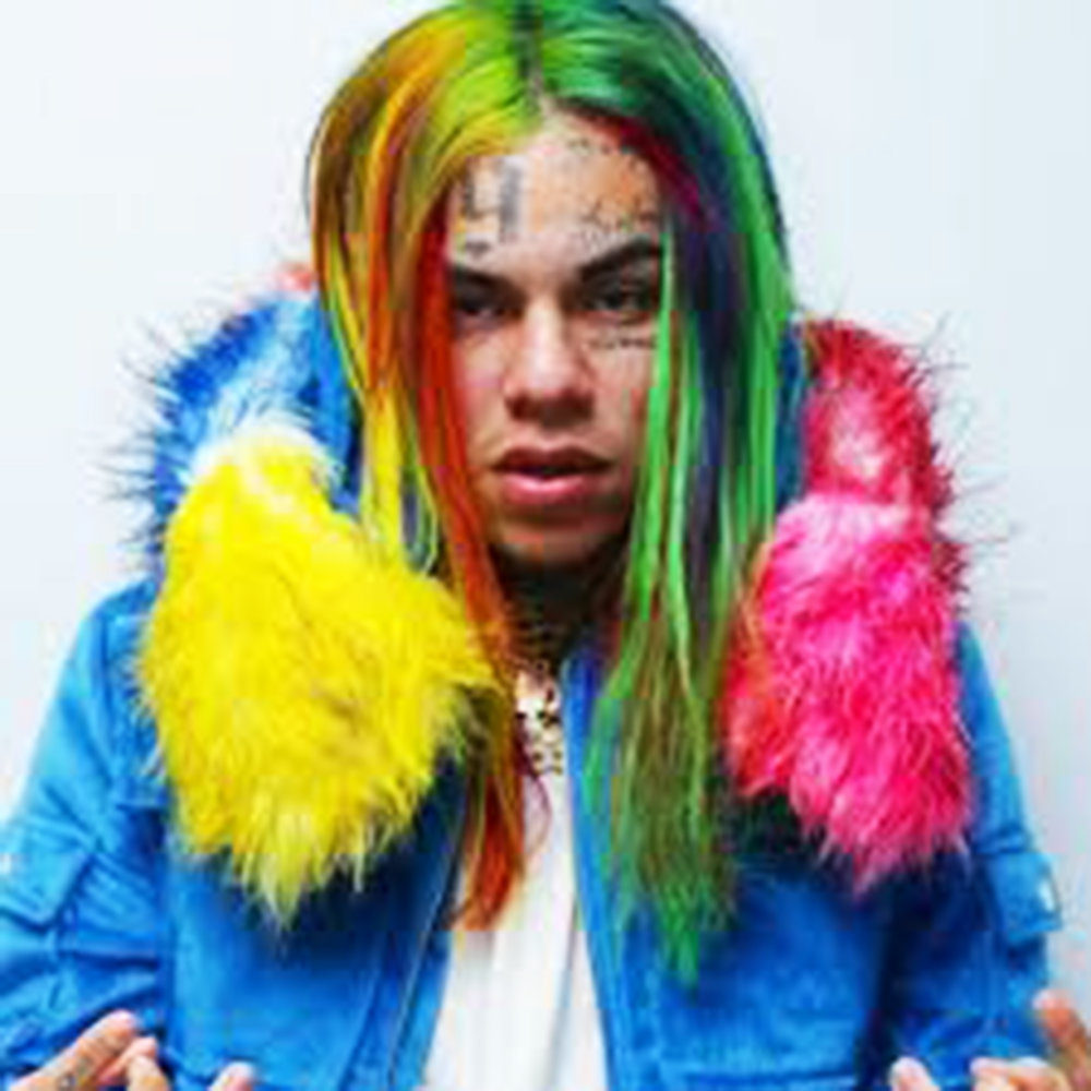 Artist Daniel Hernandez, better known as Tekashi 6ix9ine, has been accused of a crime involving sex with a minor. Today, many musicians have been absolved of the guilt because of their fame (courtesy of creative commons).