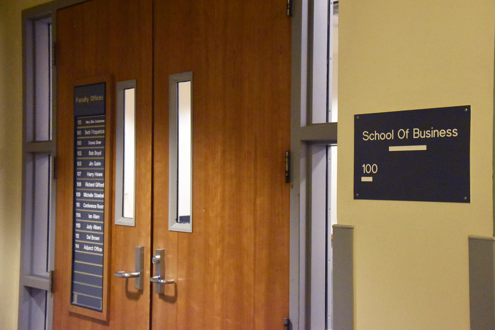 Due to a change in national accreditation requirements, the School of Business has added data analytics as a required course for all majors in the department. This has concerned some students, but excited others as they feel the school is finally adjusting to modern demand for data analysts (Josie Kwan/ Assoc. photo editor).