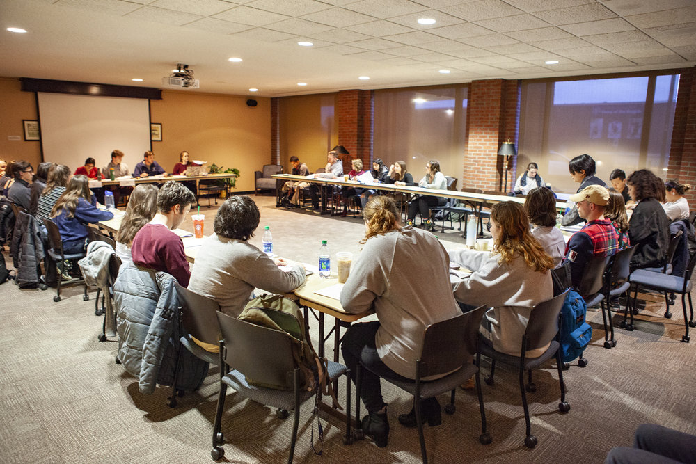 Student Senate convened on Wednesday April 10 for their weekly meeting (pictured above). Student Senate sends representatives to the College Senate, which met on Tuesday April 9 and talked about intellectual property rights (Udeshi Seneviratne/ Photo Editor).