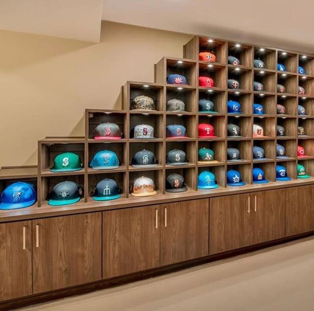 Are you in need of some amazing storage ideas!! Contact us today to organise your life!! #cabhse #storage #cabinets #hats #wardrobe #organization #customlife #luxurydesign #picoftheday #picture