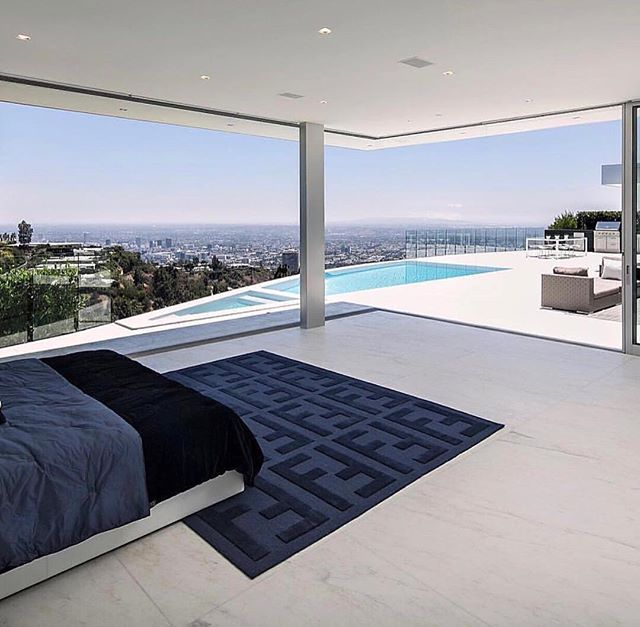 Luxury living LA. #luxury #luxurydesign #la #lifetimegoals #mansion