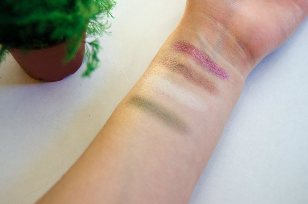 Swatches of Coastal Scents Hot Pot Shadow Pots. L-R: Thunderous, Cloud White, Deep Merlot, Panama Rose