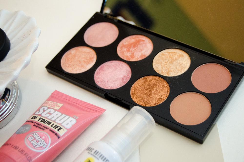 Makeup Revolution Golden Sugar 2 Blush Palette