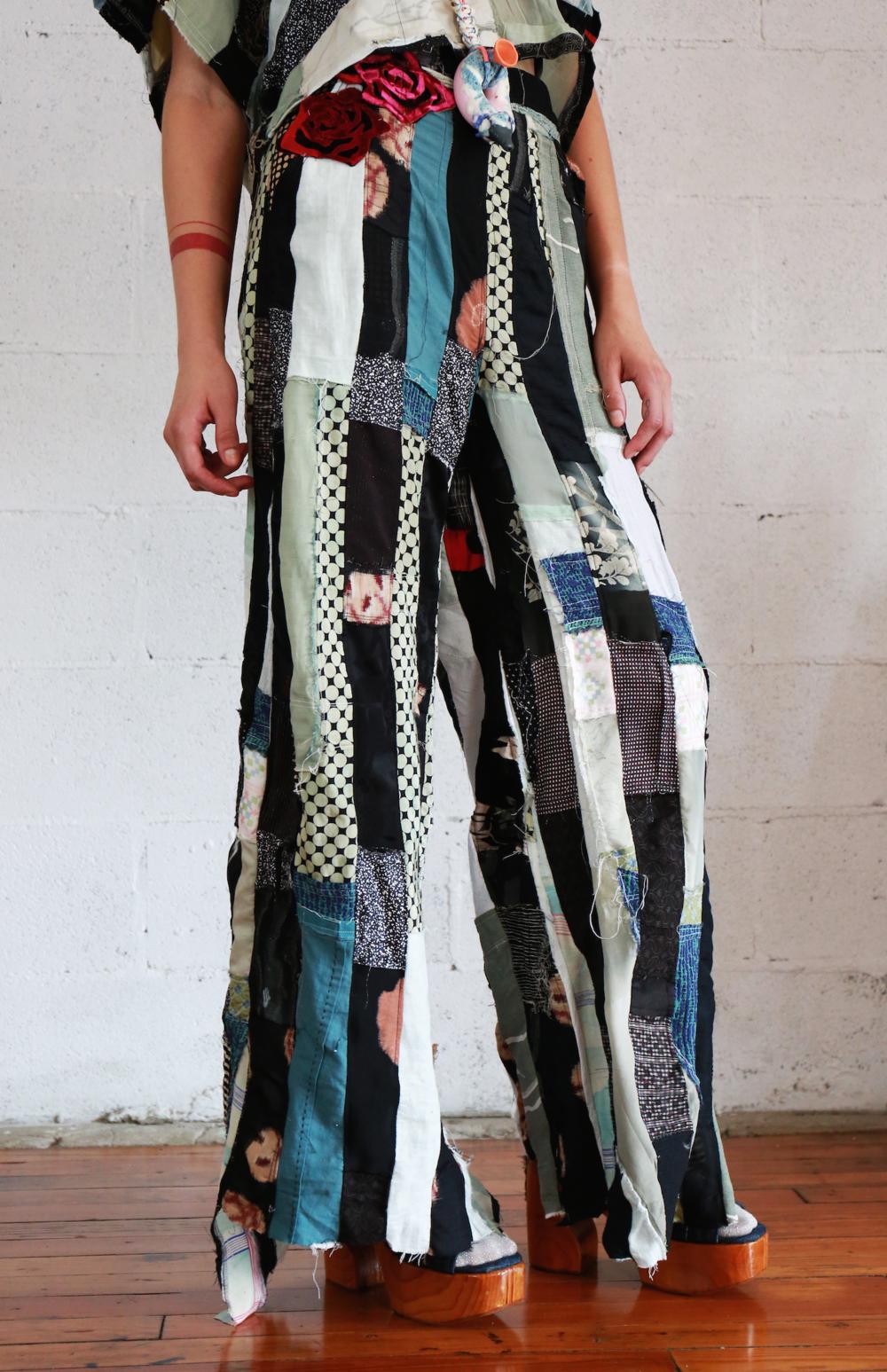 web stripe pants 5.png