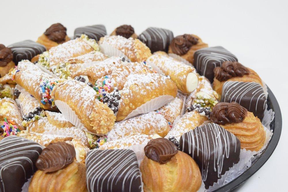 PastryTray1.JPG