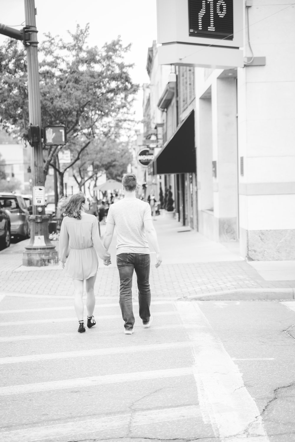 Downtown-Delaware-engagement-21