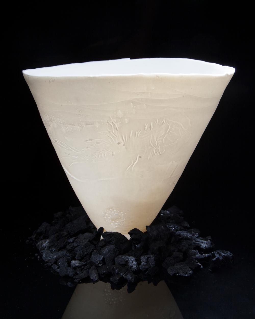 charcoal-pot-flat.png