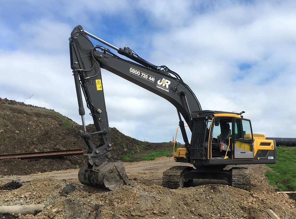 Excavators from 1.5 – 20t x 17