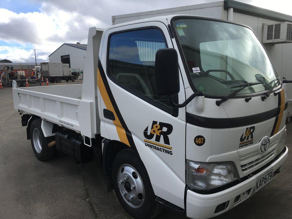 Trucks from 3 – 10t x 21