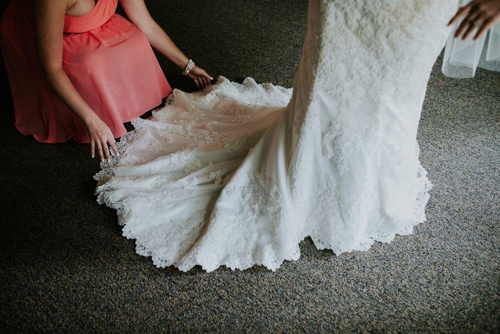 amber-and-brandon-wilmington-ohio-wedding_0052.jpg
