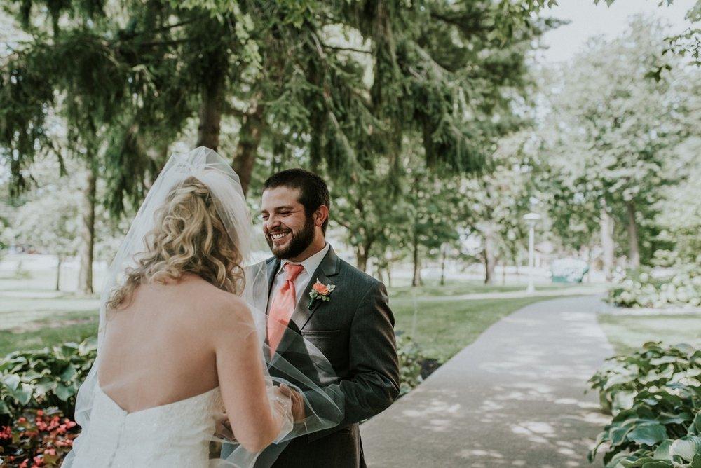 amber-and-brandon-wilmington-ohio-wedding_0055.jpg