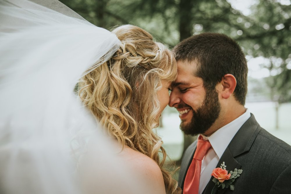 amber-and-brandon-wilmington-ohio-wedding_0013.jpg
