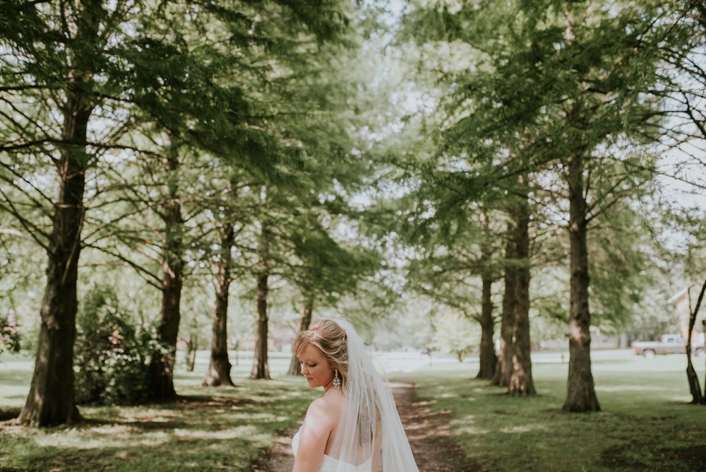 amber-and-brandon-wilmington-ohio-wedding_0058.jpg