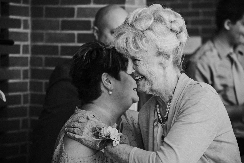 amber-and-brandon-wilmington-ohio-wedding_0021.jpg