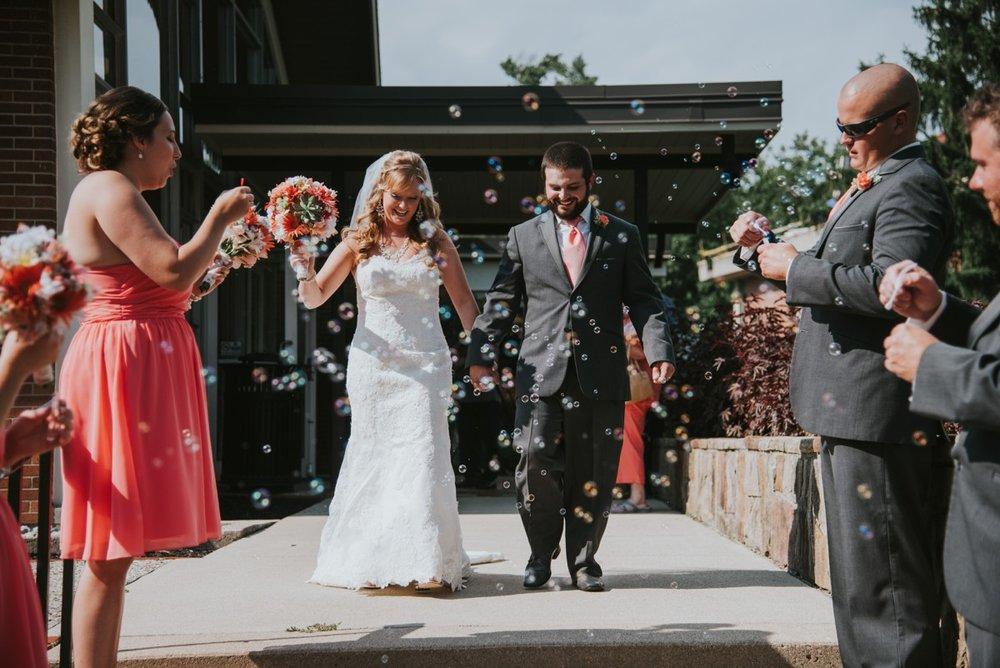 amber-and-brandon-wilmington-ohio-wedding_0023.jpg