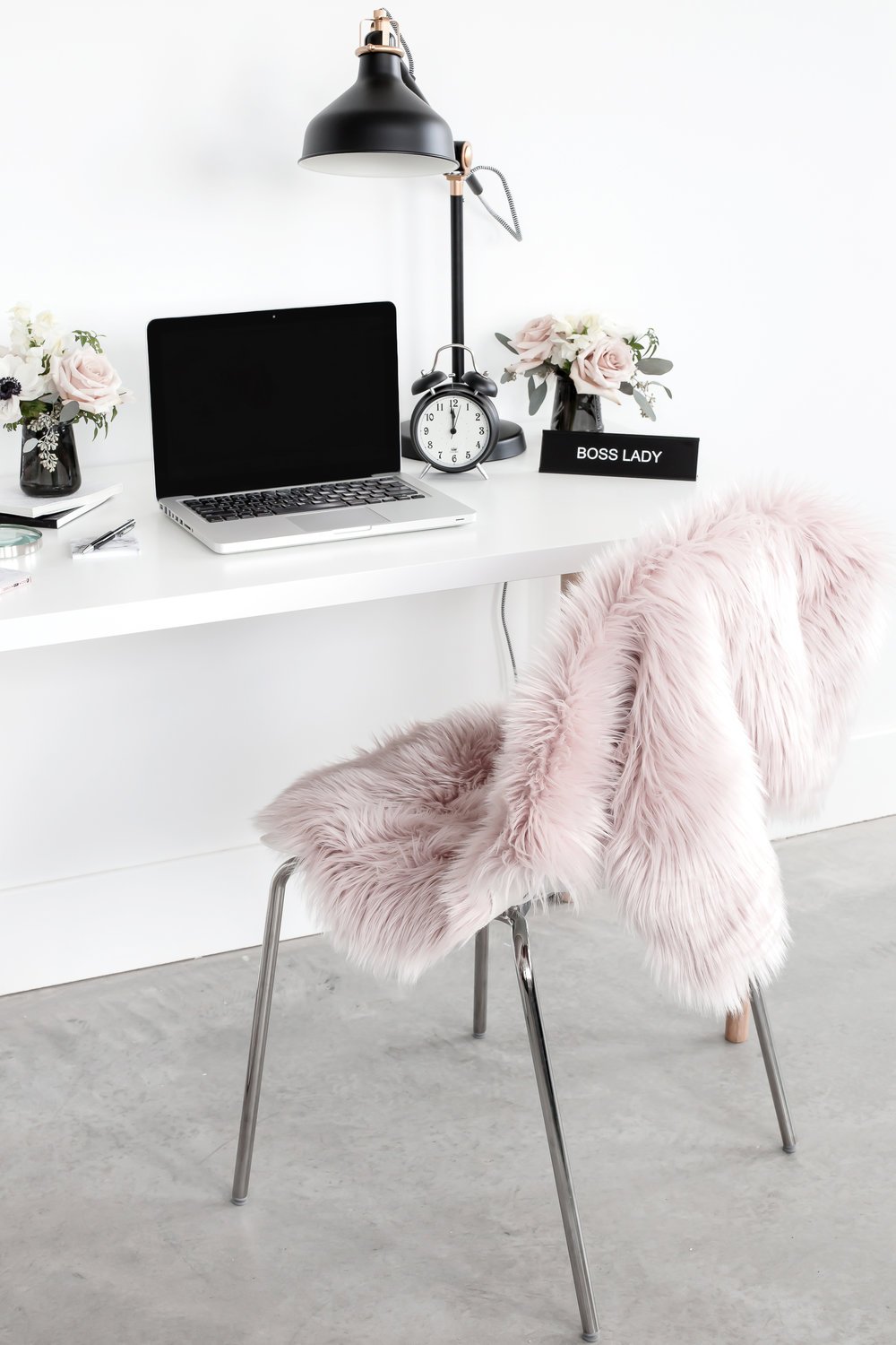 haute-stock-photography-muted-blush-black-workspace-final-35.jpg