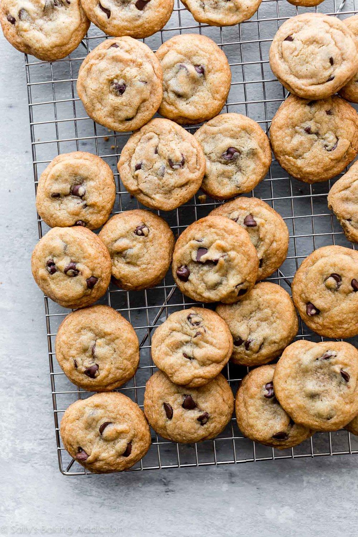 crispy-chocolate-chip-cookies.jpg